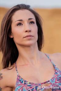 Blanca Blonx, profesora de Pole Dance