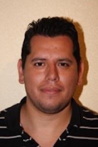Pier, profesor de Salsa en línea y Bachata en Flow escuela de baile