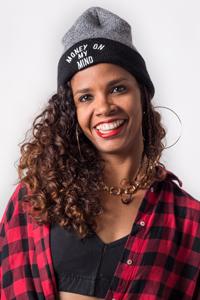 Vanessa, profesora de Aro y Telas